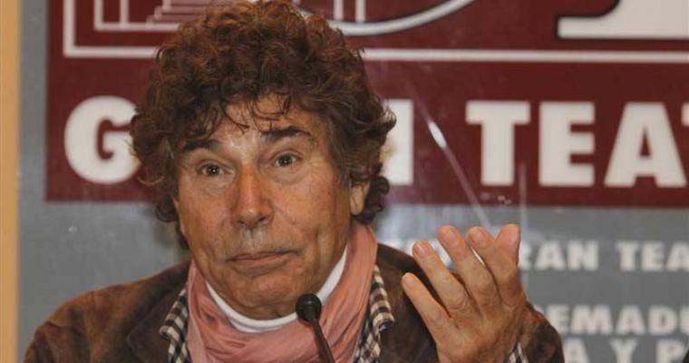Jesús Quintero, invirtió mucho dinero en el teatro aunque violó los términos de su contrato con la dueña de este