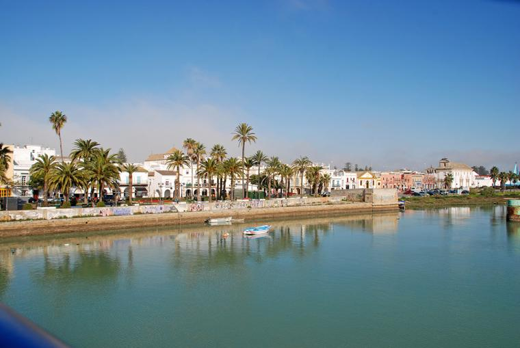 Fallece una ni a de dos a os en el puerto de santa mar a for Piscina municipal el puerto de santa maria