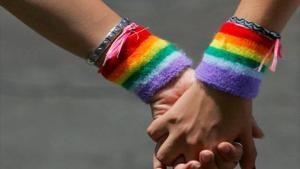 Imagen de una pareja LGTB.