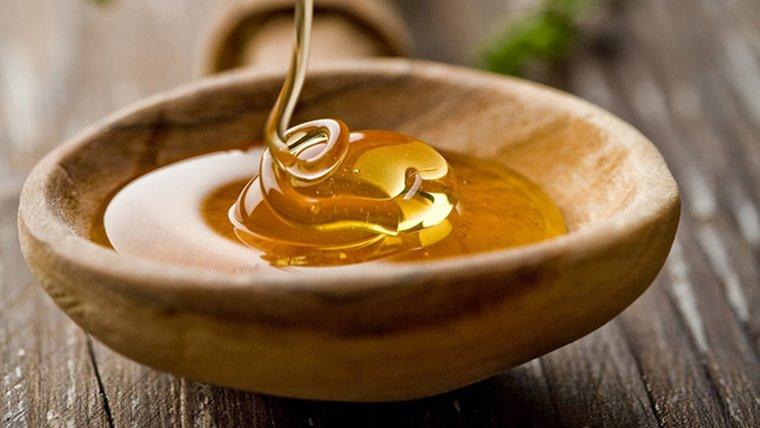 La mel té moltes propietats beneficioses per al nostre organisme