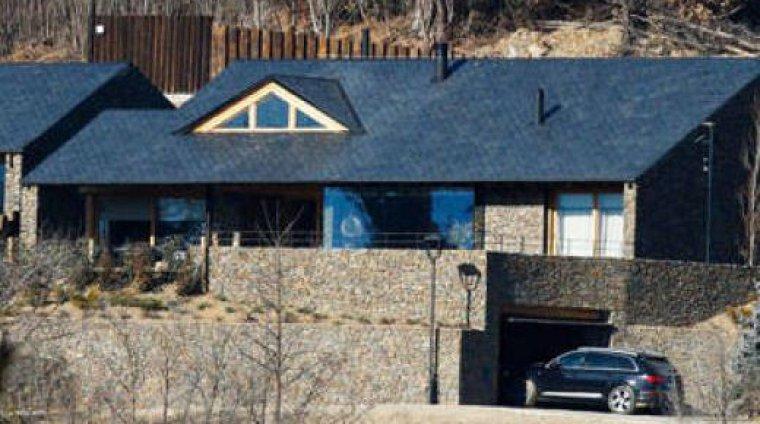Shakira y piqu ya han estrenado su nuevo nido de amor en - Casas rurales en el pirineo catalan ...