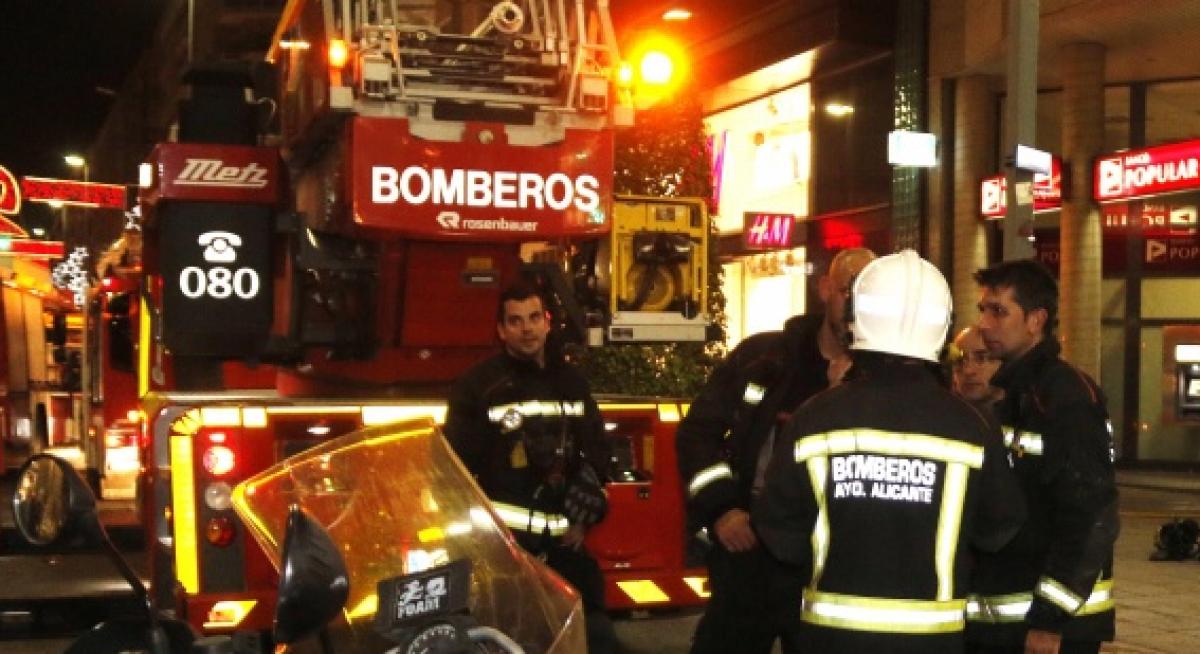 Muere un hombre en un incendio por explosi n de butano en for Repsol butano santa pola
