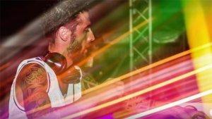 El chico era un reconocido DJ en Italia
