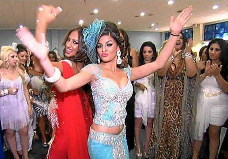 Boda Rebe Gipsy : La comunitat gitana s uneix contra cuatro per l emissió