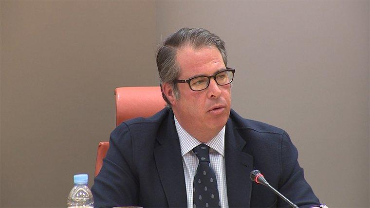 El ministerio del interior regala un piso de la guardia for Direccion ministerio del interior madrid