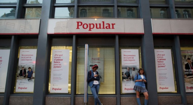 L 39 ere del banco popular es tanca amb la sortida de for Oficinas banco popular malaga