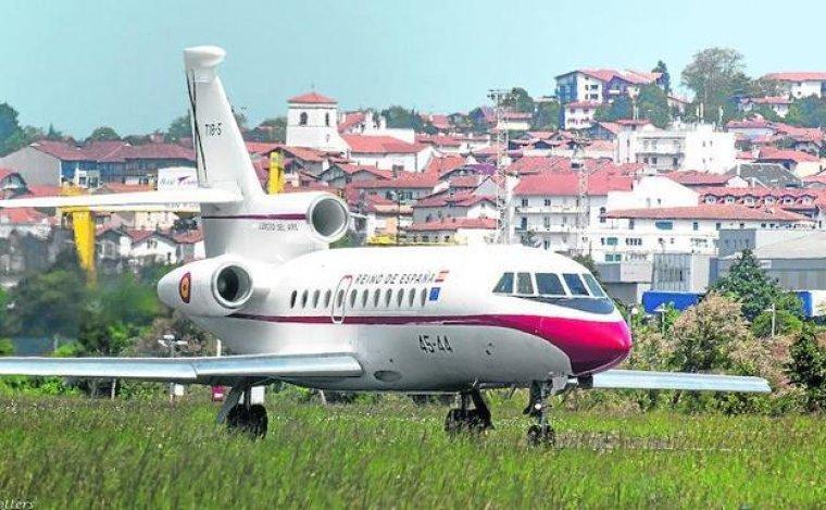 El 'Falcon-900', el avión del rey que sufrió el incidente