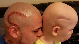 Imagen Josh Marshall con su hijo Gabriel