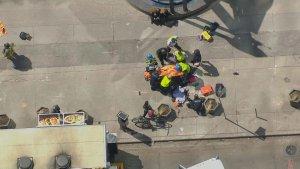 Una camioneta atropella a una multitud y deja al menos 9 muertos y 16 heridos en Toronto