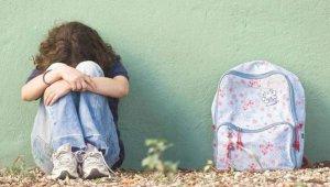 Imagen de archivo de niña bullying