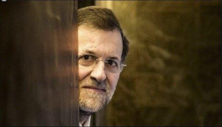 Mariano Rajoy abandona el Congreso de los Diputados