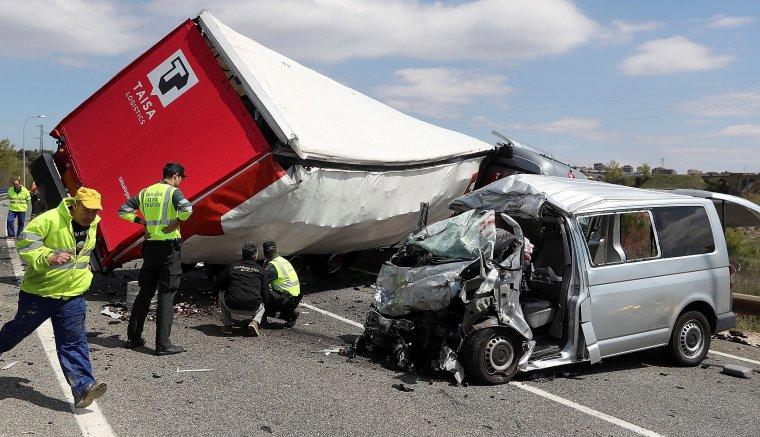 Imagen de como quedaron los vehículos tras el accidente.