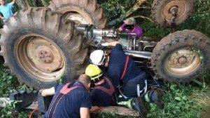 Fallece tras quedar atrapado en su tractor en Madroñera