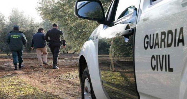 Agentes de los cuerpos de seguridad han peinado la zona hasta dar con el cuerpo del fallecido