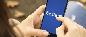 La Policía recomienda evitar el 'sexting', enviar imágenes comprometedoras o mantenerlas en nuestros dispositivos electrónicos