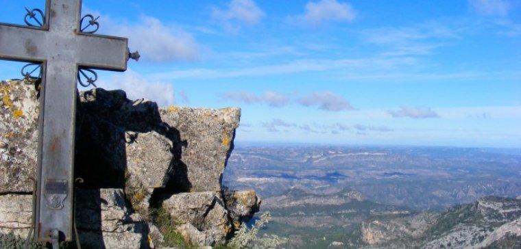 Creu de Santos o Xàquera a la Serra de Cardó