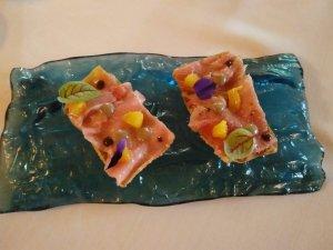 Làmina de pasta wanton amb ventresca de tonyina Balfegó de l'Ametlla