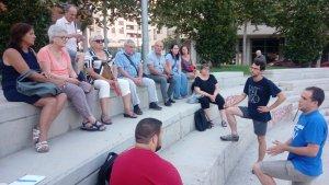 L'assemblea de la Plataforma de La Sedera ha reunit menys persones de les habituals a causa de les dates estiuenques