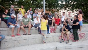 L'assemblea oberta d'aquest dilluns, celebrada a la plaça del Velòdrom
