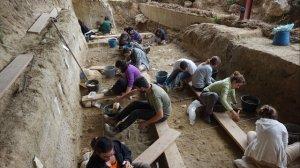 Excavacions al Barranc de la Boella.