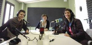 Mercè Jané i Maria Mestre, presentant CoopCampBaix Penedès a Domenys Ràdio.