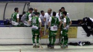 Jordi Esteva dona instruccions als seus jugadors