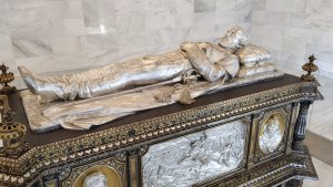 La del General Prim és una de les tombes més emblemàtiques del Cementiri de Reus