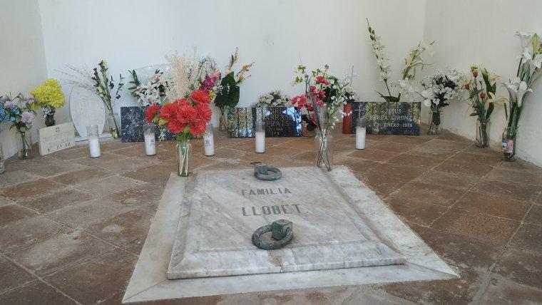 Capella de la família Llobet on descansen víctimes del bombardeig franquista de 1938
