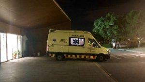 Imatge d'arxiu d'una ambulància del SEM a Urgències de l'Hospital Joan XXIII de Tarragona.