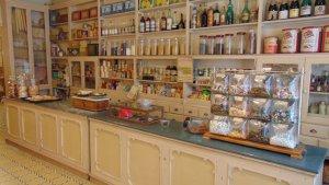 La botiga es conserva com era als anys 60.