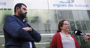 Sergi Martí i Camil·la Barnadas, a les oficines d'Aigües de Tomoví.