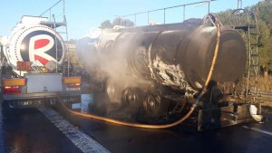 Protecció Civil ha activat la prealerta del TRANSCAT en haver-hi una fuita a la cisterna del camió