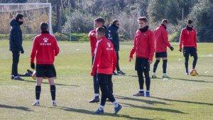 El CF Reus ha tornat a la feina amb només 14 jugadors del primer equip