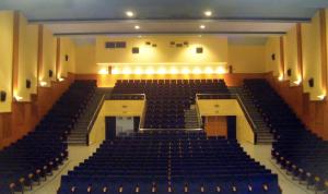 El teatre la Lira Ampostina serà l'escenari dels espectacles.