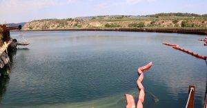 Imatge d'arxiu de la zona contaminada del pantà de Flix.