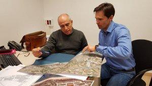 José García (PSC) i Toni Cruz (Ciutadans), en la reunió que van mantenir fa uns dies sobre la comissaria de Mossos.