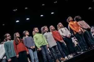 Un gran escenari i la música de 150 alumnes