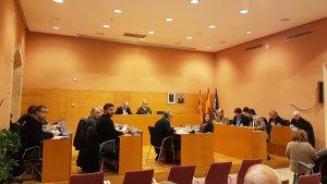 Una imatge del ple ordinari d'aquest dijous a l'Ajuntament de Torredembarra.