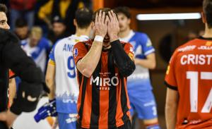 Joan Salvat, capità del Reus Deportiu Miró, ha acabat enfonsat després del 0 a 2