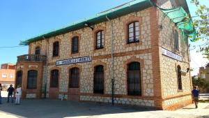 L'antiga estació de Camarles es convertirà en dos habitatges socials d'urgència