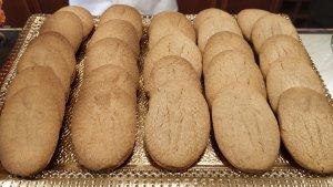Una safata de blaiets, les galetes típiques d'aquestes dates al Baix Camp
