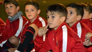 El futbol base del CF Reus busca maneres de sobreviure davant un possible final fatal