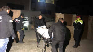 Els serveis funeraris s'han endut el cos al voltant de dos quarts de nou del vespre