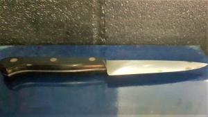 Imatge del ganivet que un dels lladres duia amagat i que els Mossos van comissar