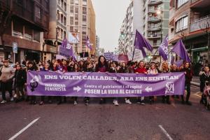 Les imatges de la manifestació feminista pel 8-M del 2019 a Tarragona