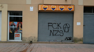 Imatge de la pintada, a la seu de Ciutadans a Roda de Berà