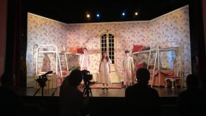 Imatge d'un assaig de 'Peter Pan' al Teatre Principal de Valls
