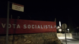 Imatge d'una pancarta del PSC a Valls