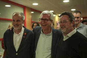 Joan Ruiz, Josep Fèlix Ballesteros i Santi Castellà a la seu del PSC a Tarragona