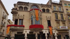 La Casa Navàs de Reus lluirà una decoració especial per celebrar la diada de Sant Jordi.
